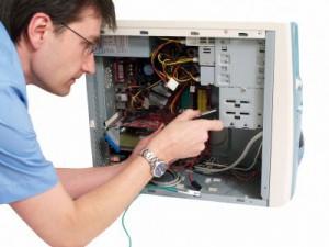 Почему ремонт компьютера следует доверять только профессионалам?